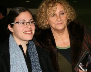 Elena Santiago con la autora (Muriel Taján) de la Tesis sobre Elena